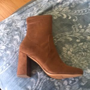 Brand new in box Naturalizer boots